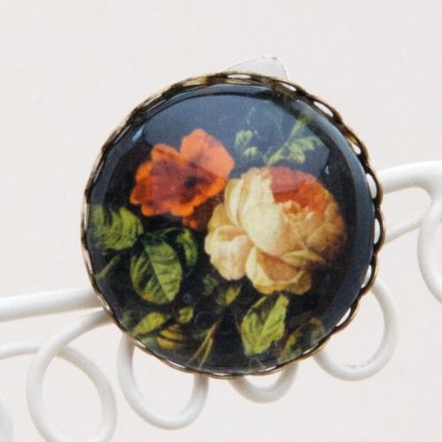 Ven den Broeck floral detail, brooch