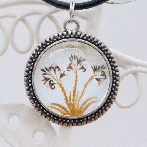 Minoan lilies pendant necklace