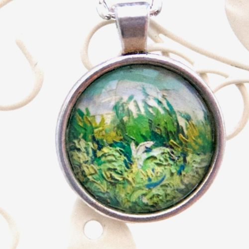 Van Gogh Wheat field round pendant necklace