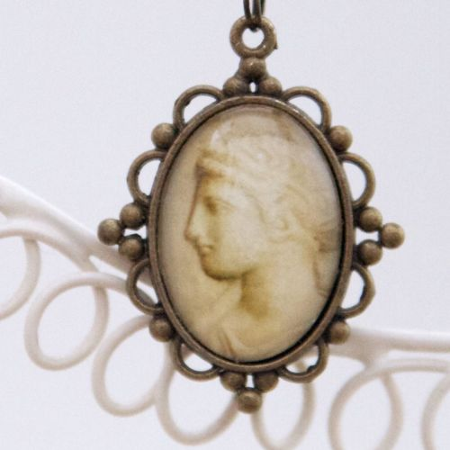 Pompeii marble face pendant necklace