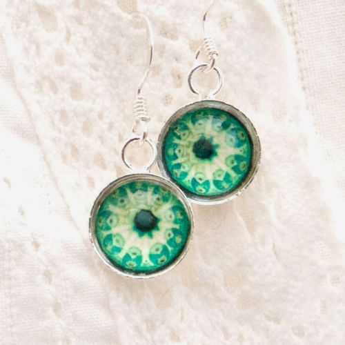 Botryllus earrings, green