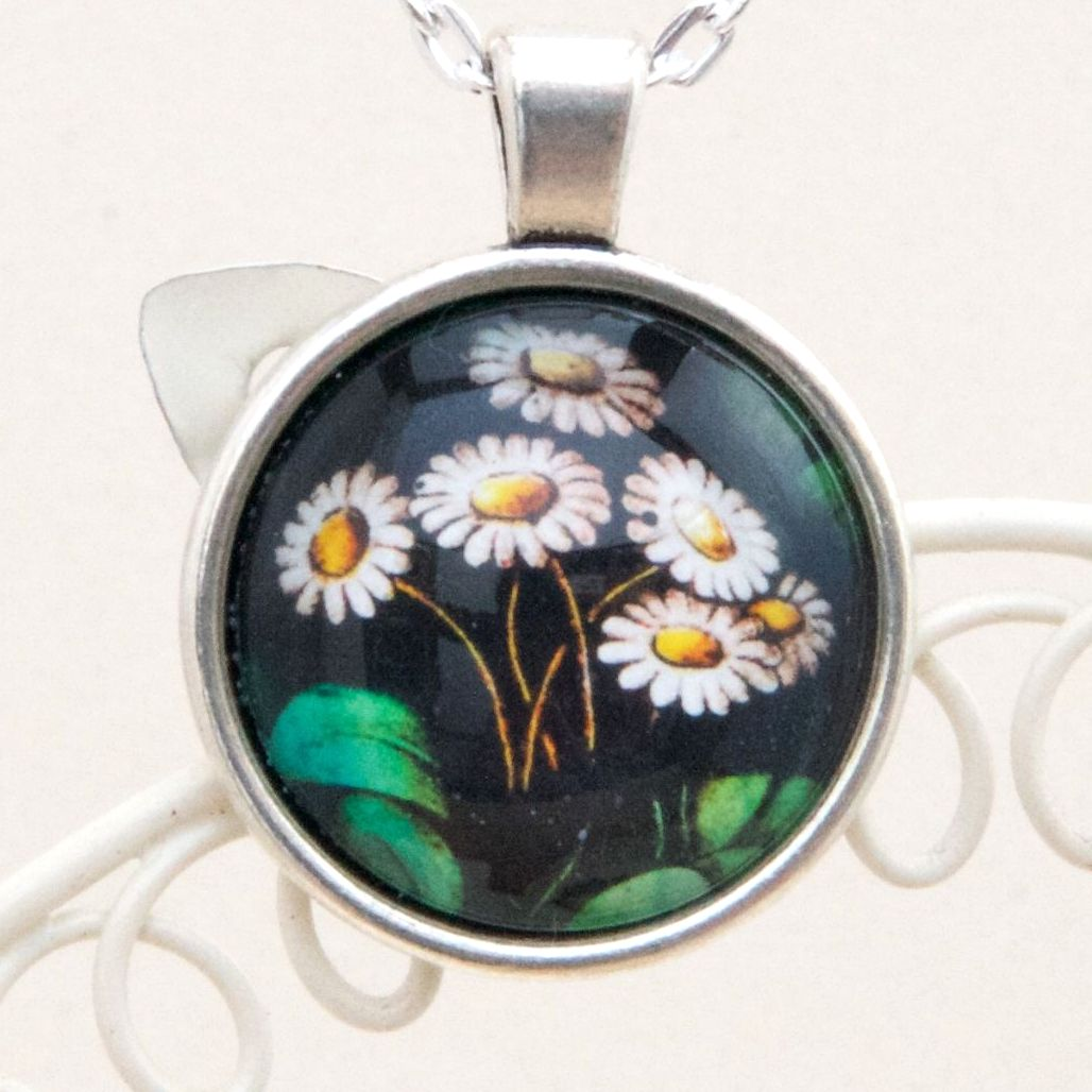 Victorian stained glass daisies pendant