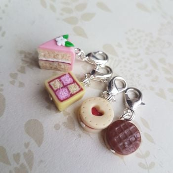Cake themed knitting stitch markers