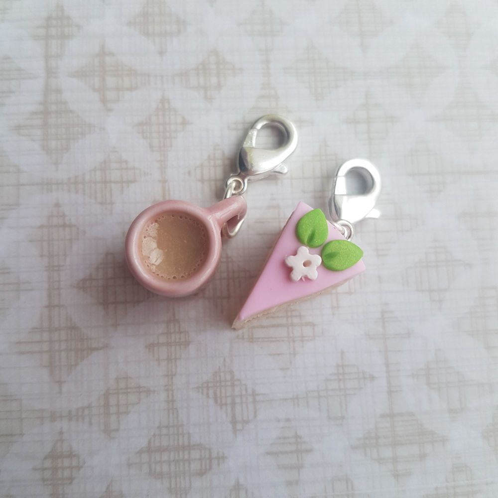 Pink iced cake and Mug Stitch Marker Set