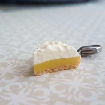 Lemon Meringue Pie Stitch Marker