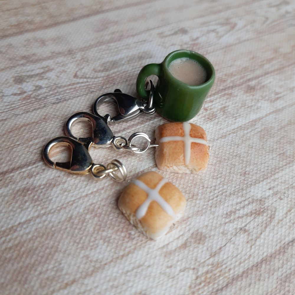Hot cross bun  knitting markers