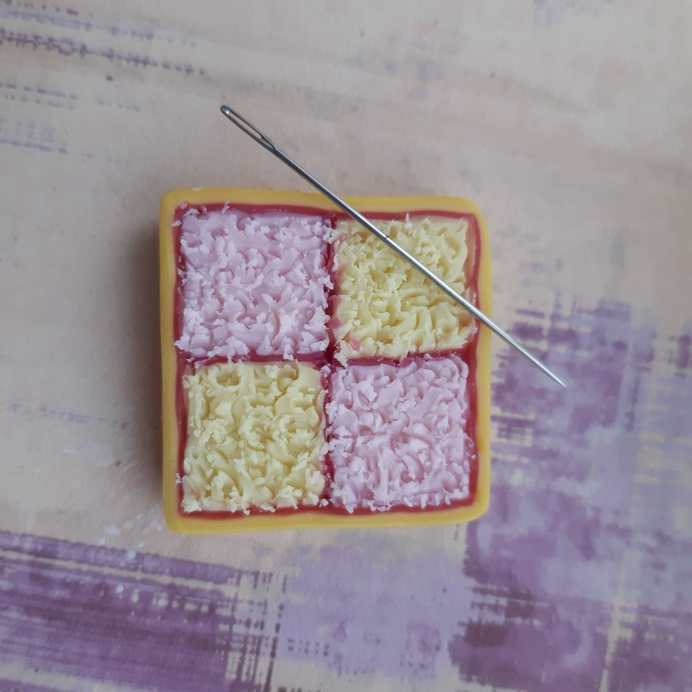 Battenburg needle minder