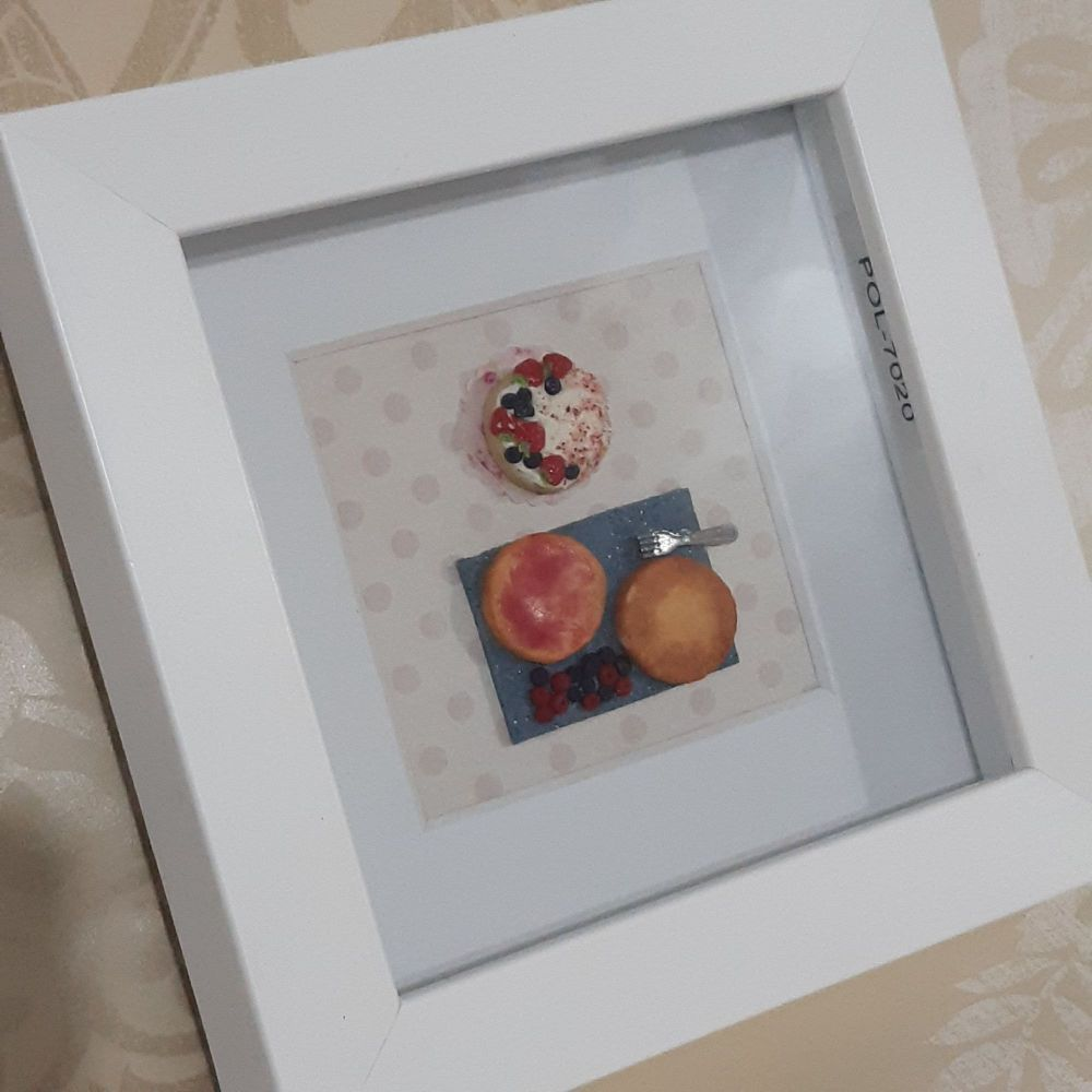 Strawberry Cake Frame