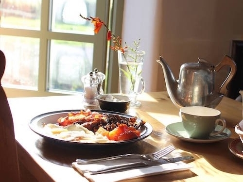 breakfast-at-oakley-grange