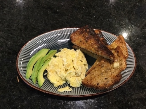 scrambled-eggs-avocado
