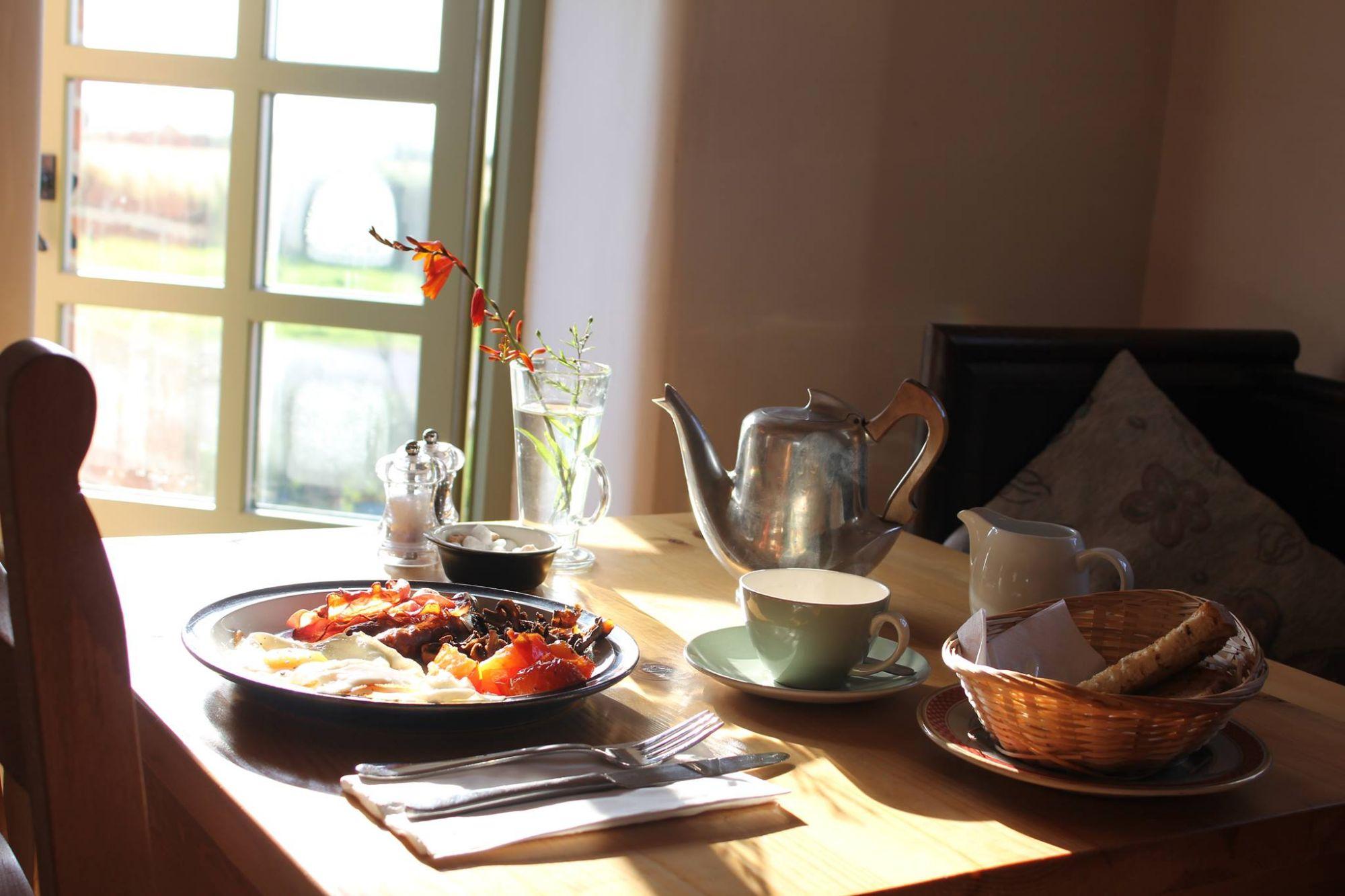 Oakley Grange Breakfast