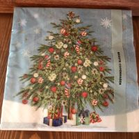 Napkins with Christmas Tree