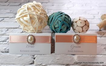 Pearl Passion Place Cards
