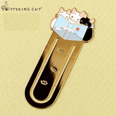 Pottering Cat - Metal Bookmark - 3 Little Cats Reading