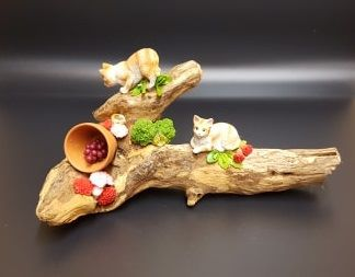 Driftwood Ornament - 2 Ginger Cats & Citrine Stones