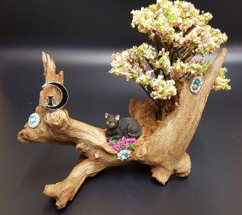 Driftwood Ornament - Black Cat Resting