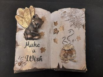 Sleeping Dragonfly Kitten Wishbook - Gold