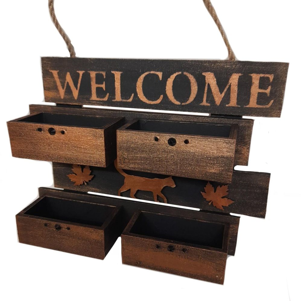 4 Box Black & Gold Welcome Sign