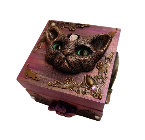 Small Wood Green Eyed Cat Trinket Box