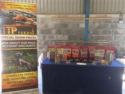 TP Feeds Trade Stand