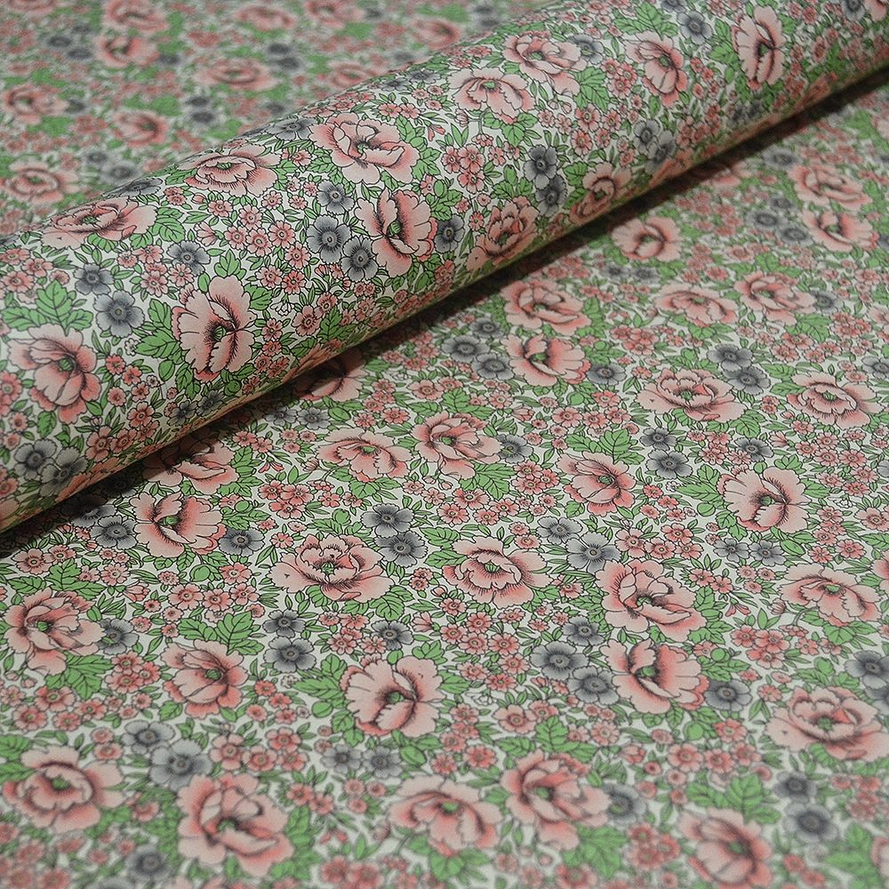 Rich Floral Design in Peach