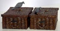 PW33 - Pigeon Crates & Birds
