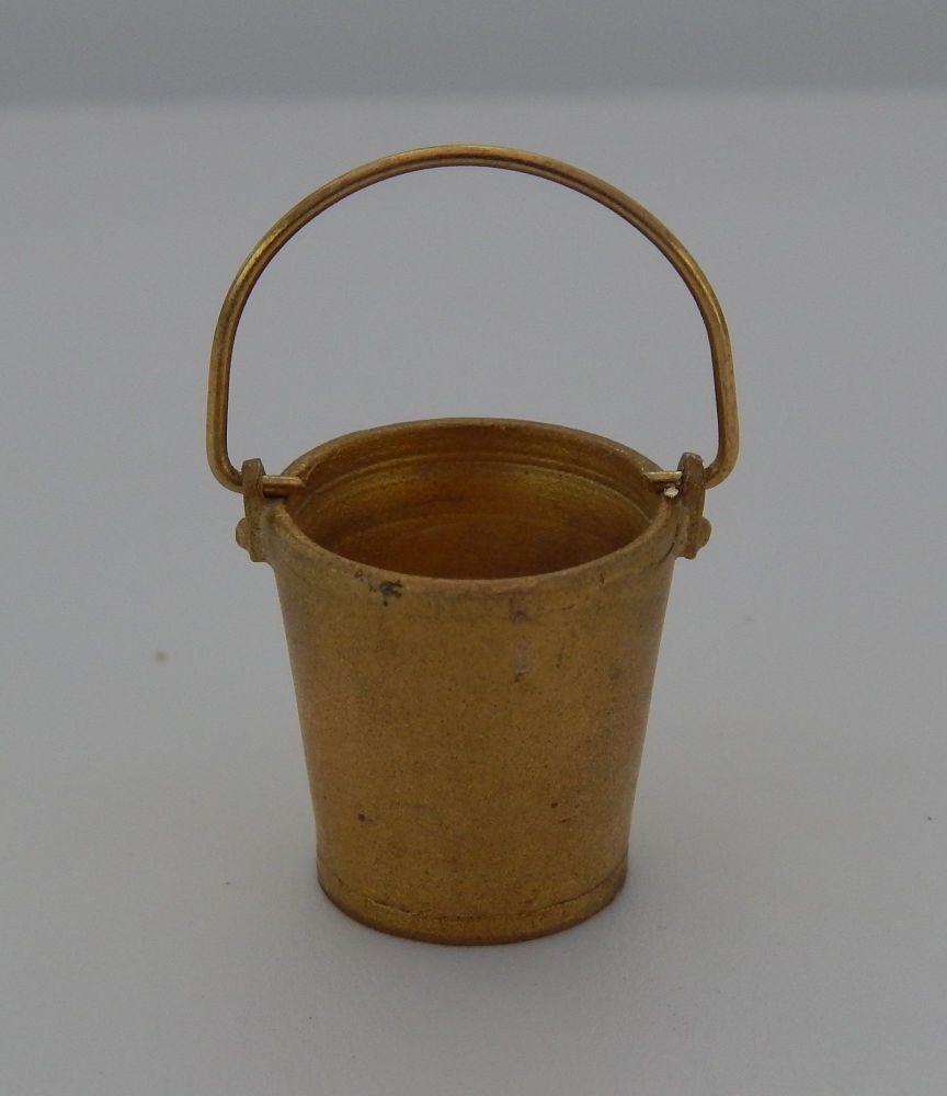 PW68 - Bucket (Brass)