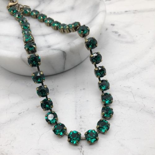 Emerald Green Crystal Choker