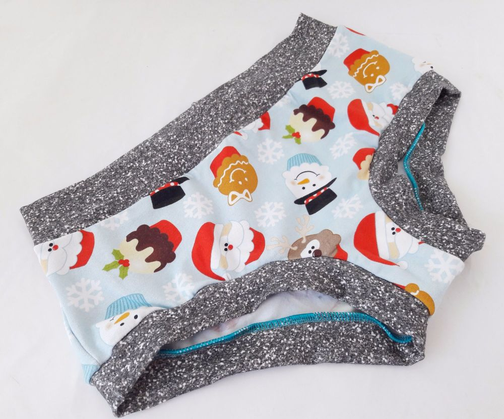 MEDIUM Boy Shorts UK 10-12