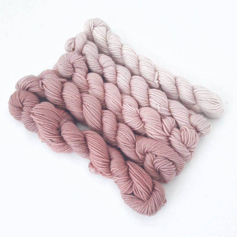 Super Merino Crazy 8 DK - Hot Chocolate - 5 x 20g