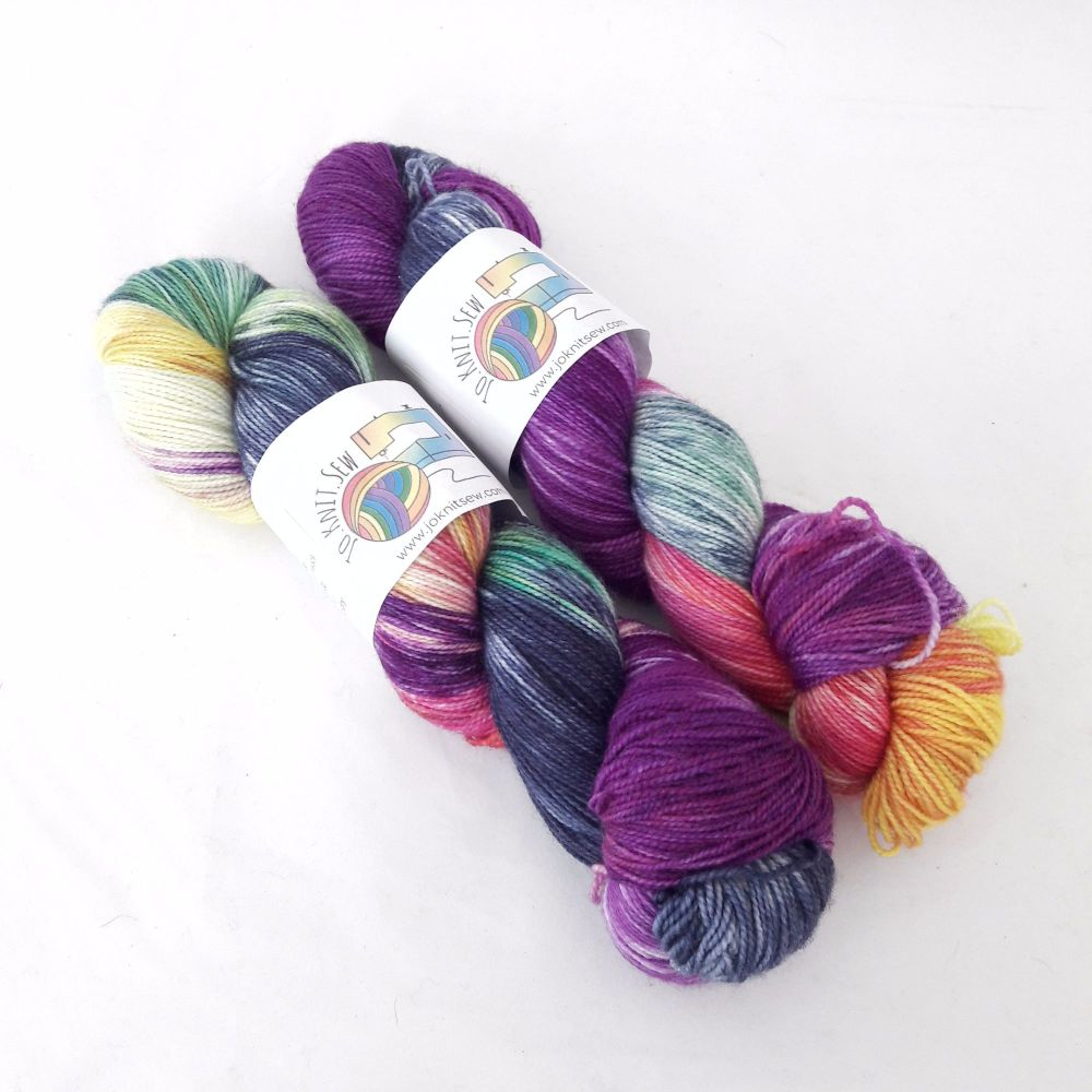 Squishee on Titanium Merino / Nylon sock