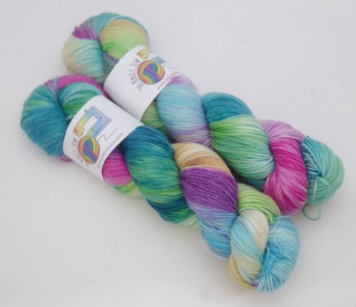 Peacocks on Merino Nylon Platinum sock