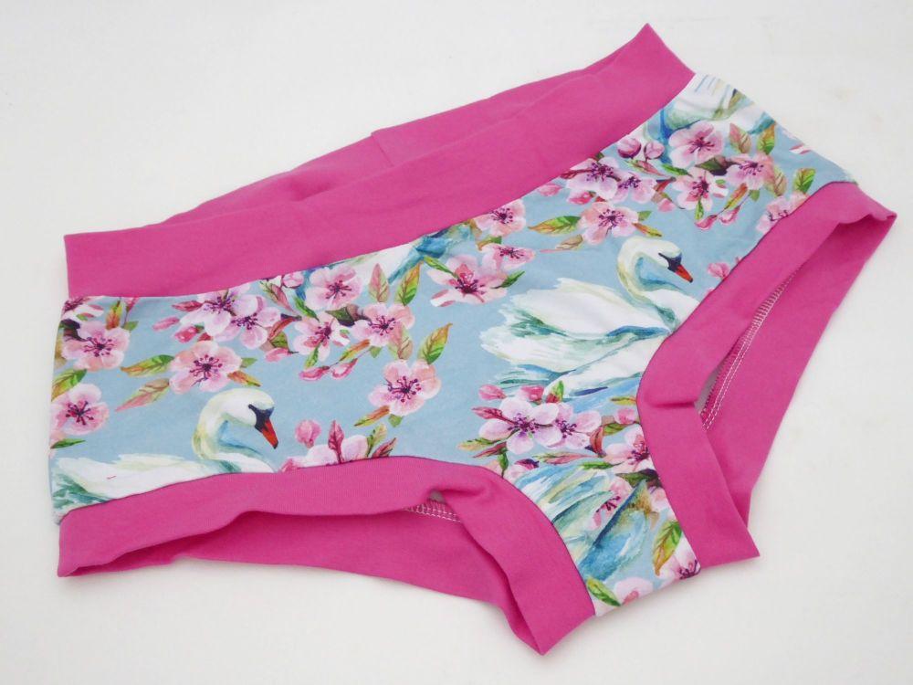 MEDIUM Boy Shorts UK 10-12 - Swan Lake
