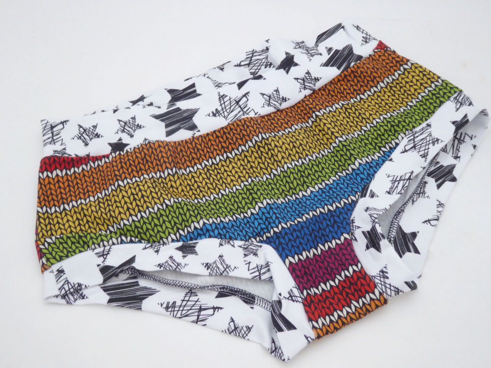 MEDIUM Boy Shorts UK 10-12 - Rainbow Knits