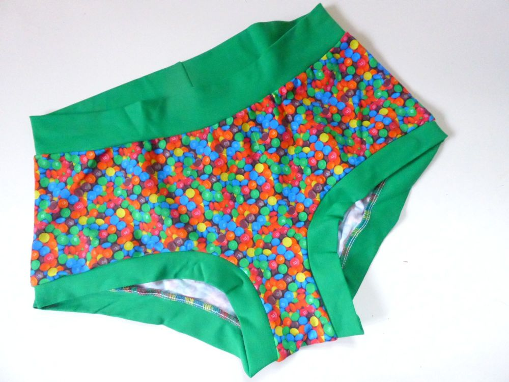 LARGE Boy Shorts UK 14-16 - Mmmmm & Mmmmm