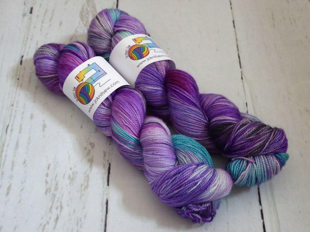 Blowing in the wind on Merino Silk High Twist Sock