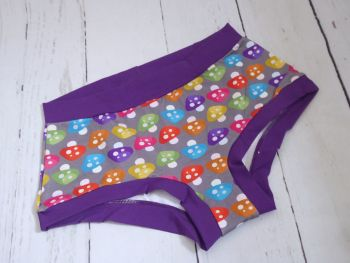 XL Boy Shorts UK 18-20 - Shrooms