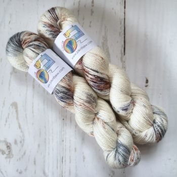 Lord Broch Tuarach BFL / Silk Lace