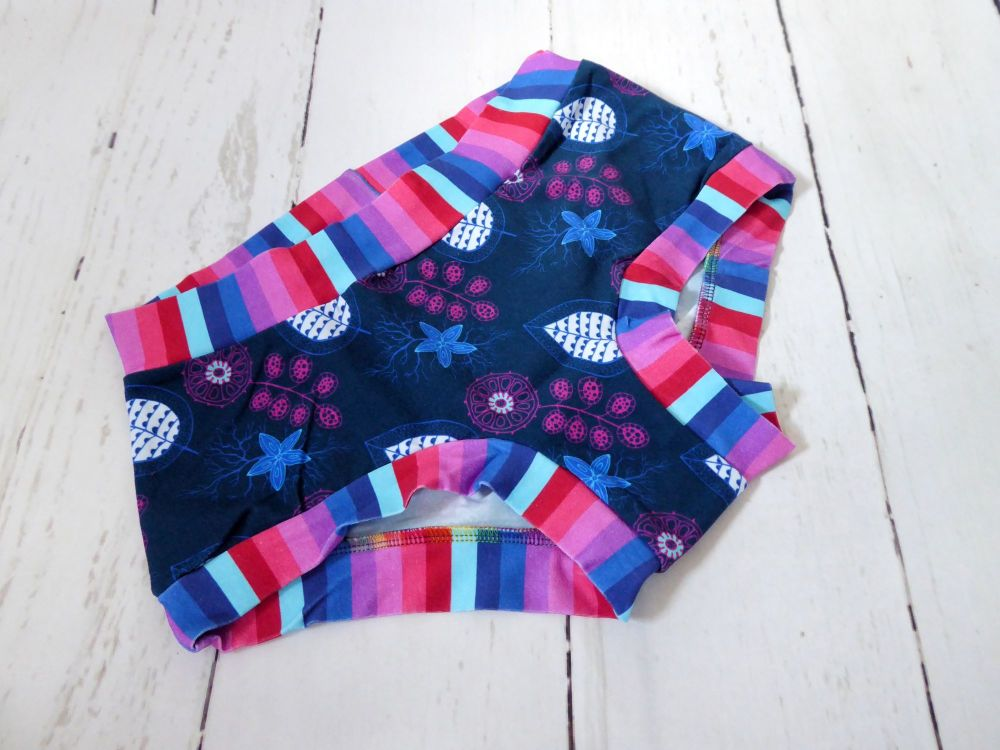 SMALL Boy Shorts UK 6-8 - Navy Flowers / Stripes