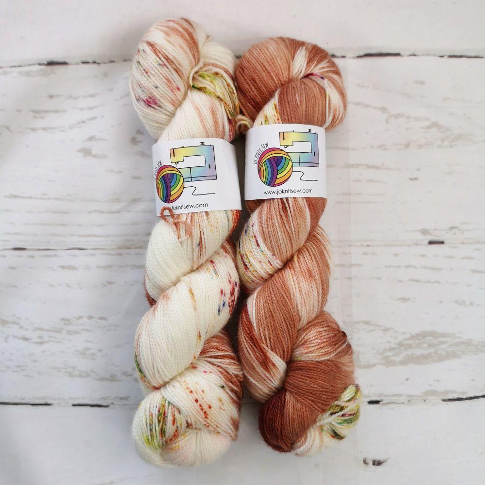 Blowing in the Wind on Merino / Nylon Titanium sock