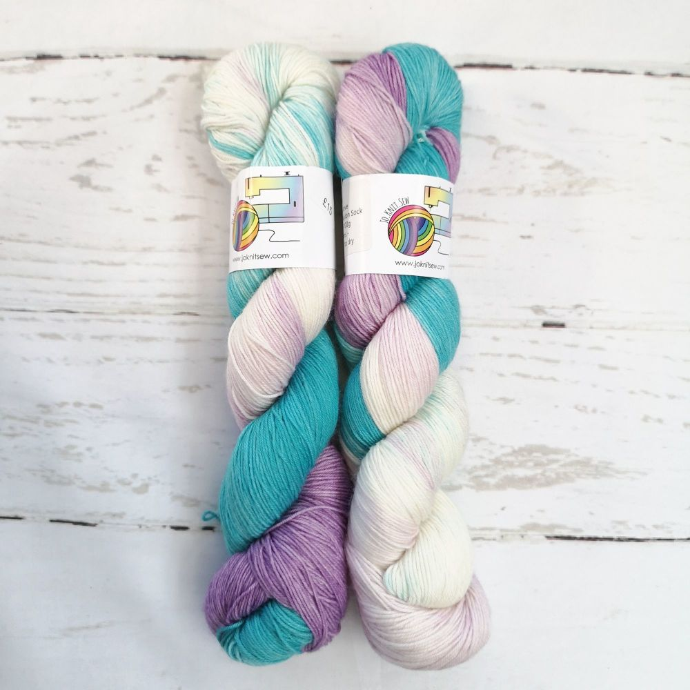Teal Love on Merino Nylon Platinum sock