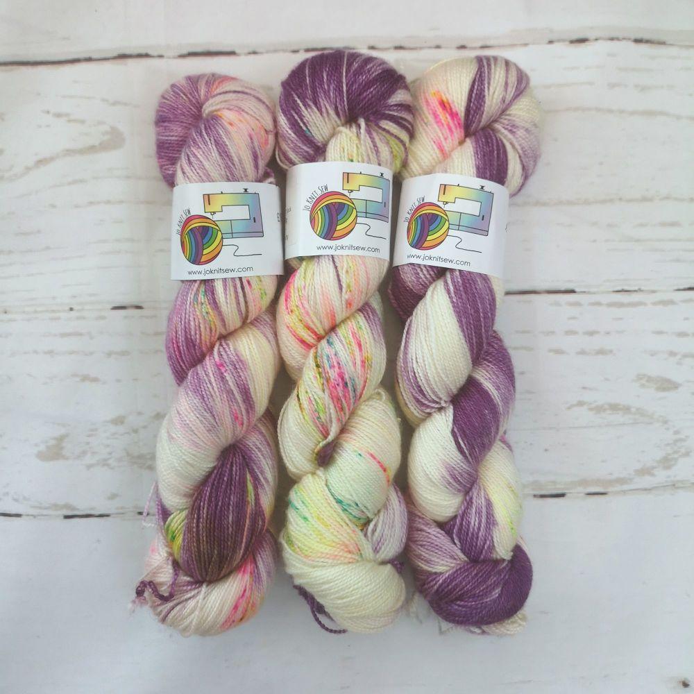 Funfetti on Merino Silk High Twist Sock