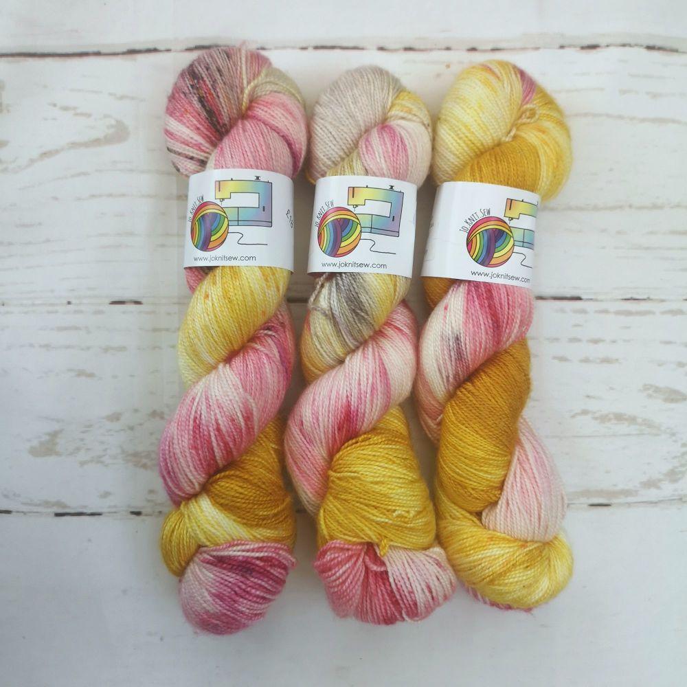 Honey Blush on Merino Silk High Twist Sock