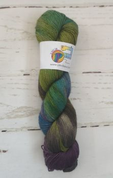 Shelley on Merino / Yak / Nylon sock