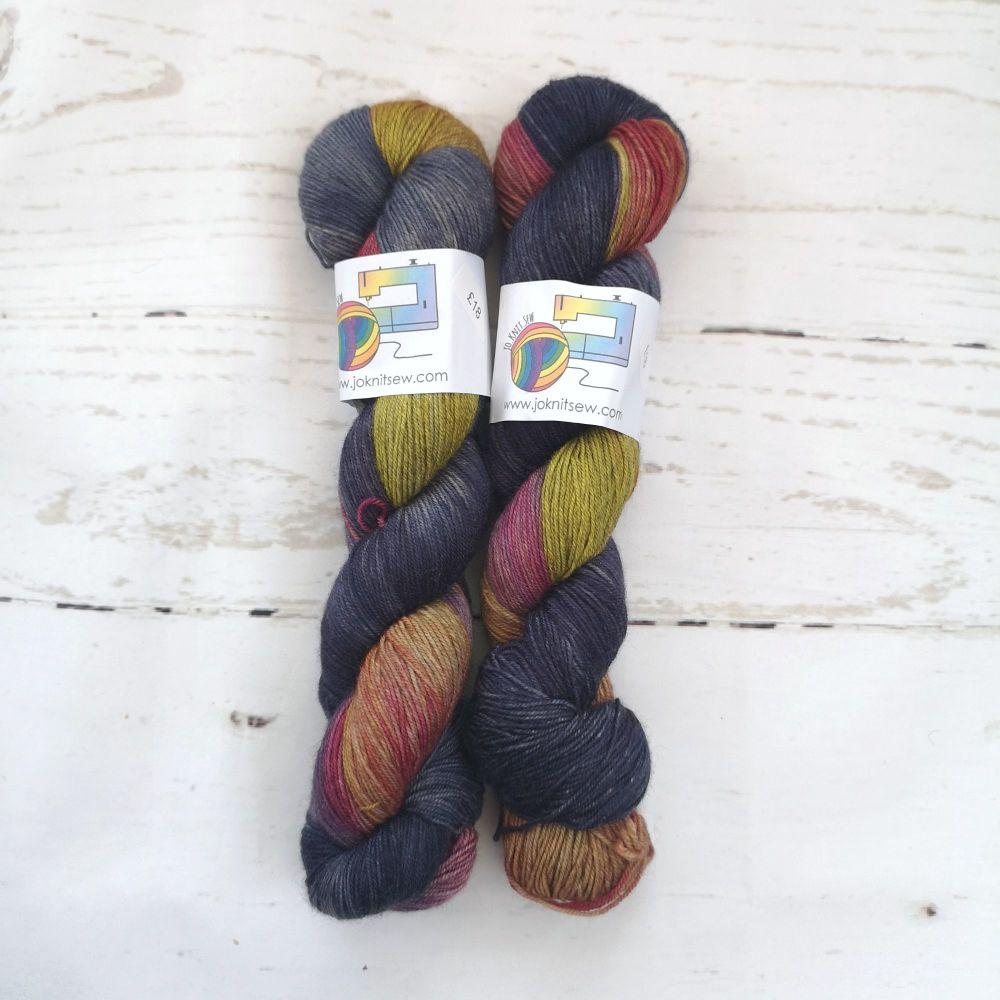 FireFly on Merino / Yak / Nylon sock