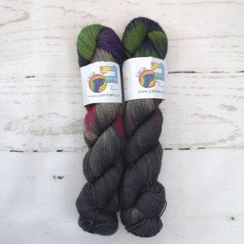 Reflections on Merino / Yak / Nylon sock
