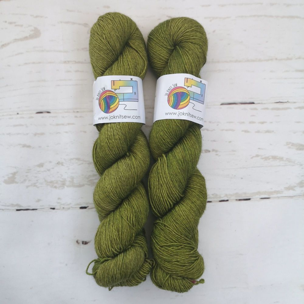 KIWI Semi Solid on Merino / Yak / Nylon sock