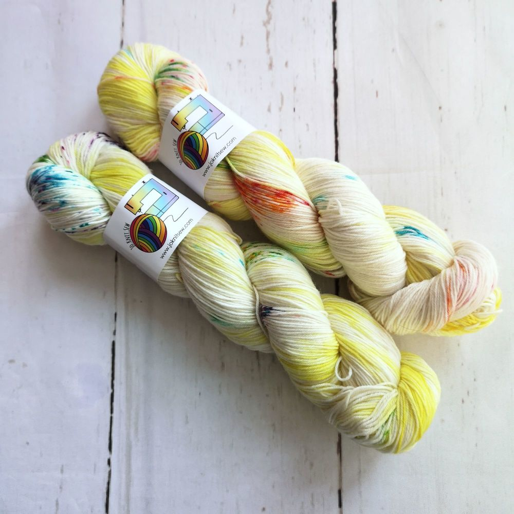 Rainbow Sheep on Merino Nylon Platinum sock