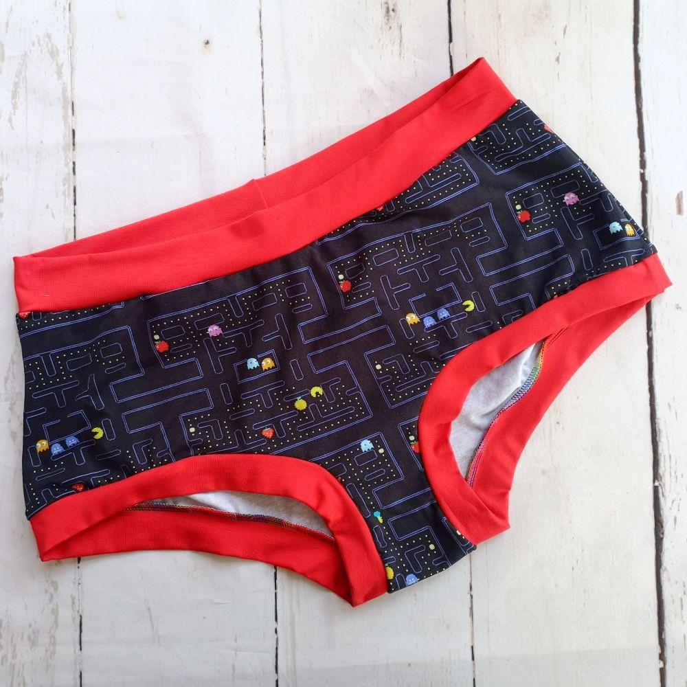 XXL Boy Shorts UK 22-24 - PacMan