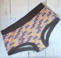 LARGE Boy Shorts UK 14-16 - Pebbles
